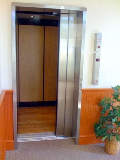 elevator_com6